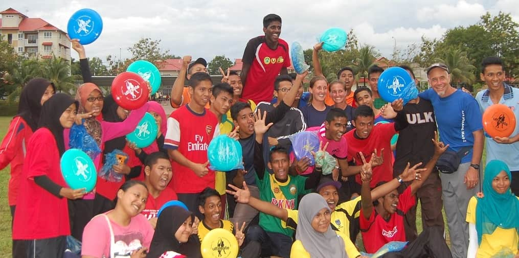 9 - KejoHabatan - Still Building Friendships through Ultimate at IKBN Five Years Later - Post Game Celebration (12 Oct 13)-min